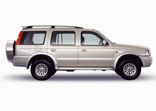 Image Ford Everest 2.5 XLT 4x2 Diesel A/T 2